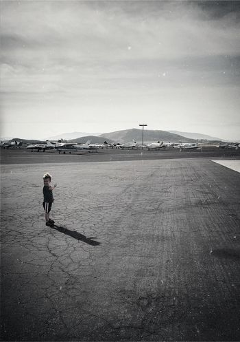 Blackandwhite Planes Airplanes Boy Childhoodmemories Mountains Road