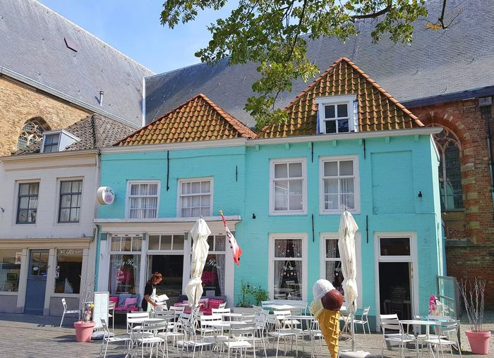 Architecture Building Exterior Built Structure City Life Cozy Place Cozy Bistro Shops Plaza Windows Dutch Houses Travel Destinations Taking Photos Eye4photography  Taking Pictures Dutchphotographer Architecture_collection Architectural Detail Architecturelovers House Dutch Cities Dutch House Window City Gelato