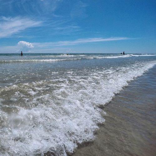 Ocean waves on