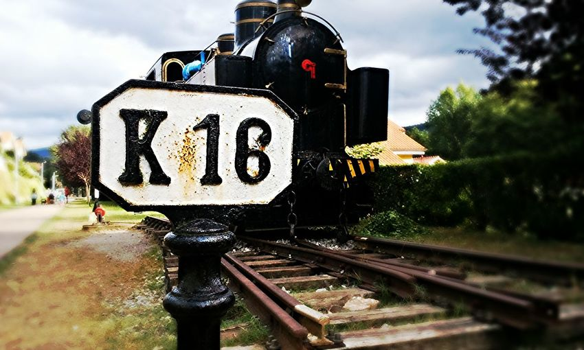 Landscape #Nature #photography Vapor Trails Trenes Train Tracks