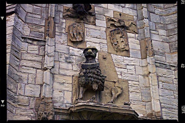 WarkworthCastle Statue Northumberland Castle