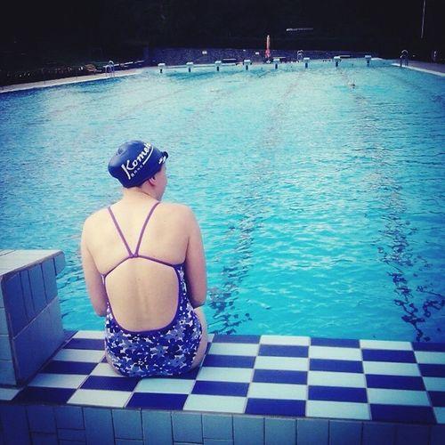 Hi! Enjoying Life Swimming Sport Training Summertime Holidays