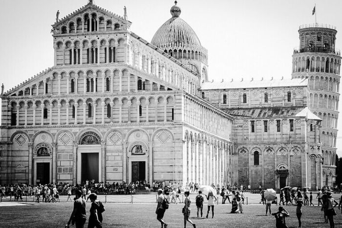 Pisaha Pisa, Italy Pisa Black & White Black And White Photography Silver  Pisa Tower Italy EyeEm
