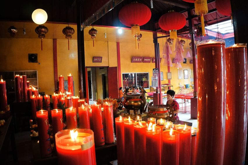 Praying Large Group Of Objects Indoors  Illuminated EyeEmNewHere Streetphotography Lat Streetphoto_color Weekend Activities People And Places Praying Hope Chineese New Year Chineese Lanterns Gong Xi Fa Cai Lamp Red in Banjarmasin , INDONESIA