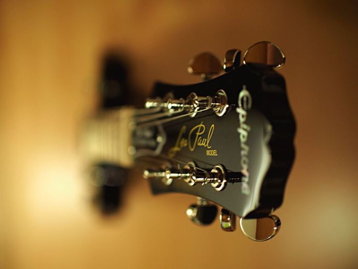 Metal Close-up Indoors  Single Object No People Day Selective Focus Composition Focus On Foreground Fine Art Photography Olympus OM-D E-M5 Mk.II Instruments Guitar Epiphone Les Paul Music Instrument Instrument Details