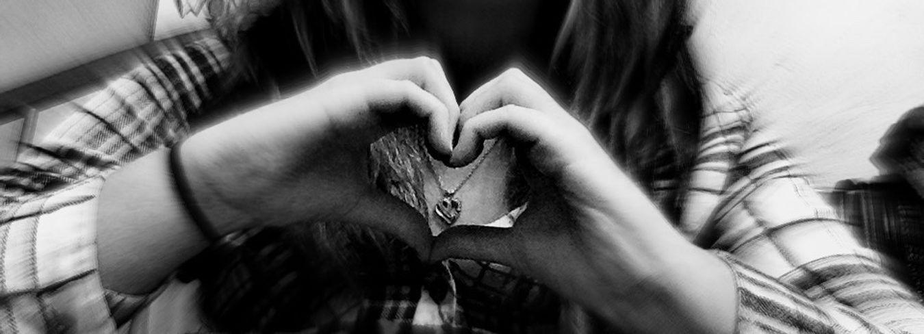 ThatsMe Heart Love Plaid Shirt  My Room Blackandwhite