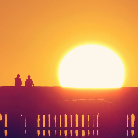 Grandeza Sunset Orange Color Silhouette Sunlight Sun Outdoors Sky Nature Day People Architecture Love Dramatic Sky Reflection Vacations City Astronomy Scenics
