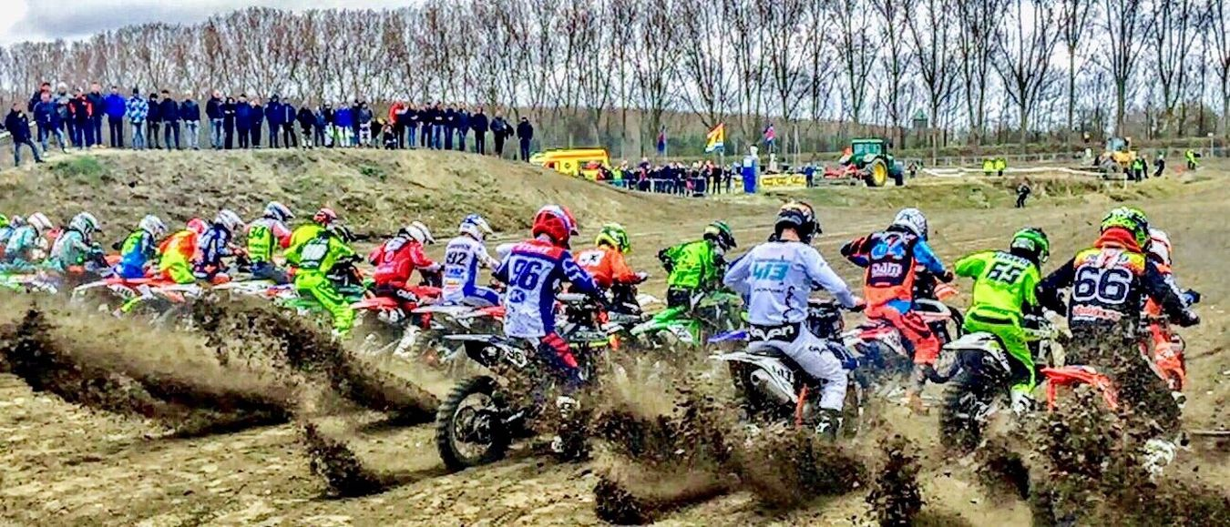 MXaddict Motorcross  Whenthegatedrops actionshot Iphonepic Dirtbikeracing mxonefamily Mxlifestyle