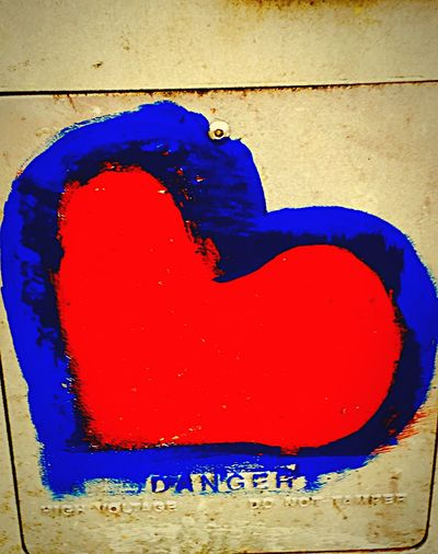 High Voltage Heart Art Heart Series Colorsplash Taking Photos Bright Colors Sidewalk Photograhy Red Blue Walking Around The City  Hearts♡hearts Urbanphotography Streetphotography EyeEm Gallery Red Hearts Intense Colors Color Explosion