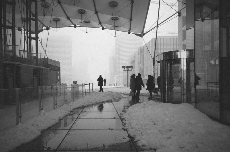 La Defense Paris La Défense RICOH GR 2 City Monochrome Snow Street Photography Streetphotography