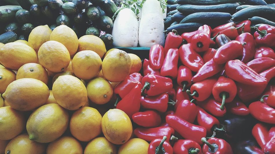 Lemons Red Peppers Bell Peppers Organic Food Organic Markets Yellow Fruit Fresh Produce Fruits And Vegetables Healthy Food Vegetarian Food