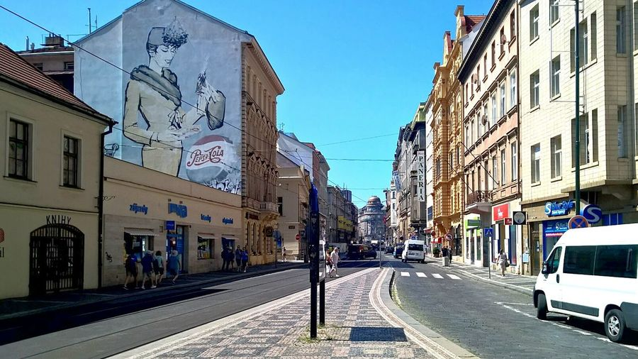 Advertising Advertisement Pepsi Prague City Road Cars In The City