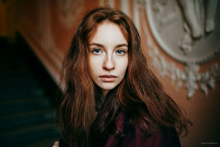 Portrait One Person Beauty Beautiful Woman Adult Looking At Camera Long Hair Front View Only Women People Beautiful People Young Adult Redhead One Woman Only Human Body Part Day Cold Temperature Adults Only One Young Woman Only Winter