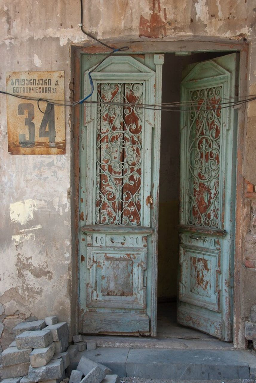 door, entrance, architecture, abandoned, no people, day, built structure, indoors, close-up