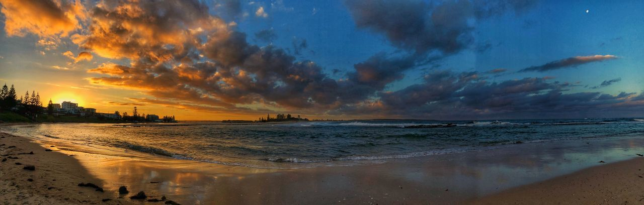 Entering the sunset at The Entrance ~ A panoramic view Beach IPhoneX IPhoneX Photography HDR Newcastle Newcastle NSW, Australia Entrance Theentrance Eyem Select Beach Sea Sky Water Sunset Land Beauty In Nature Cloud - Sky Scenics - Nature Horizon Over Water Reflection Sand Outdoors Tranquil Scene Nature No People Tranquility Horizon Orange Color Idyllic