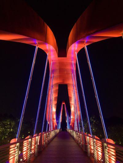 Bridge Light Red And Dark Landmark Steel Bridge Colourful Mirror Science City Guangzhou Night Built Structure Connection Architecture