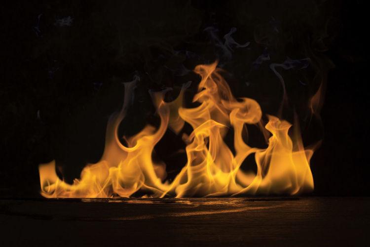 Blurred flames