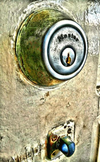 Close-up Metal No People Day Door Eyemphotography Metal Doorknob Old Doorknob Doorknobitry Doorway Door Handle EyeEm Best Shots Eyeemphotography Eyem