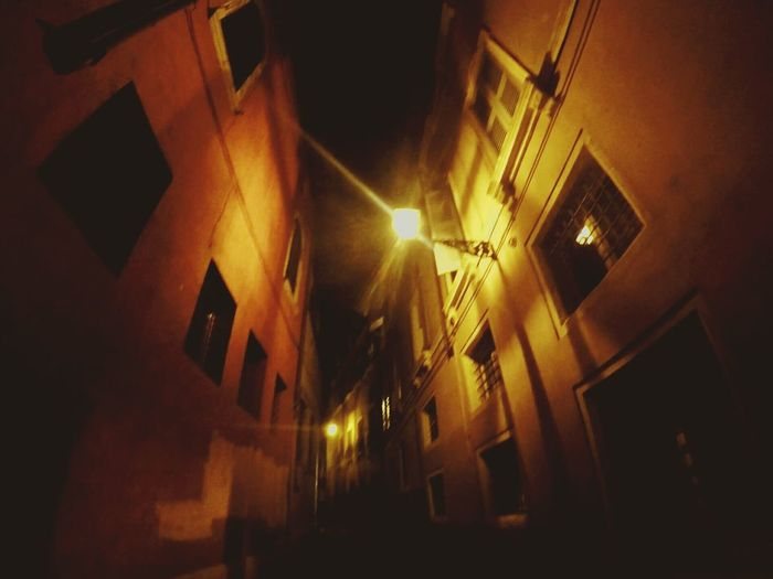 Italy Architecture Night Street Light City Old Town City Life Light Beam No People Goprohero4 Gopro Italianeography Werona Lights Street Streetphotography Streetart Street Light Italy Photos Italystyle Tenement Tenement Houses