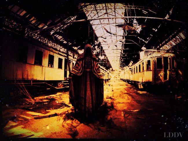 Montage photo. Train Death Gothic LDDV
