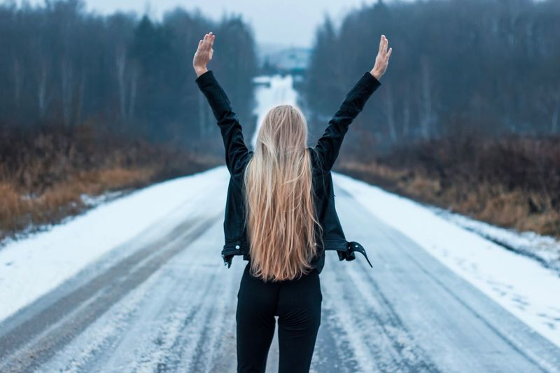 4 января. Всё закончено. Вроде Winter Snow Cold Temperature Rear View Human Arm Limb Nature Adult Women Hair Road Clothing Warm Clothing People Arms Raised Day Focus On Foreground Carefree Hairstyle Outdoors