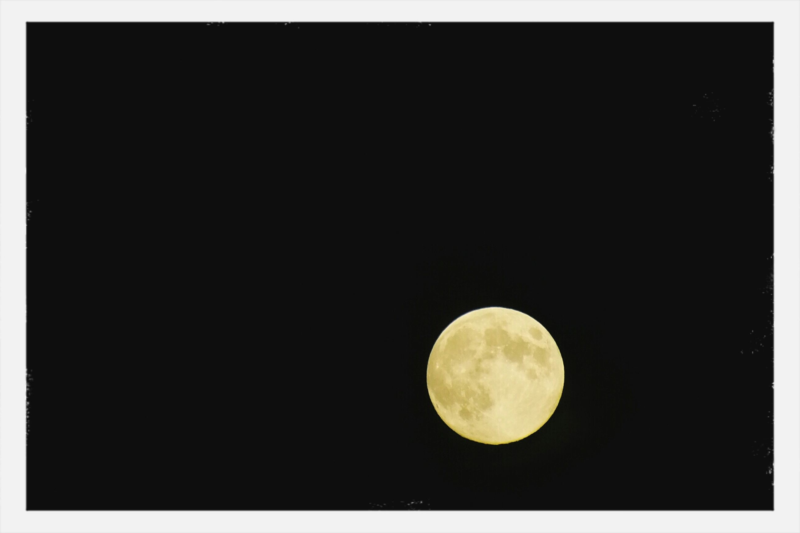 moon, night, astronomy, full moon, planetary moon, copy space, circle, beauty in nature, tranquility, moon surface, dark, nature, tranquil scene, low angle view, scenics, space exploration, sphere, discovery, transfer print, clear sky