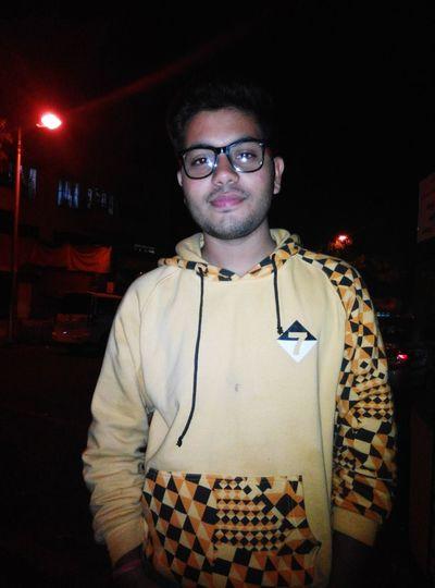 That's Me Selfportrait Nightlife Friends ❤ Pune.
