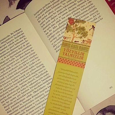 İlginç insanlar tanıyıp sonra onlara veda ediyorsun. Son sayfayı okumak biraz buruk hissettirmiyor mu sizi de? Yüzyıllıkyalnızlık Sonsayfa Instagood Instamood Friday Photooftheday Neokuyorum Book Bookworm Bookworms Kitap Kitapkurdu Gabrielgarciamarqouez Lastpage