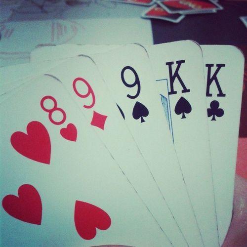 Un pokerUNo