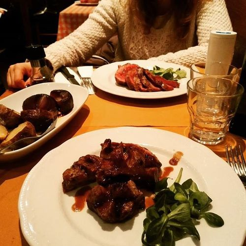 Tagliata Guanciotte Toscana Tuscany Food Foodporn Manzo Maiale Abetone Holiday Vacanze Simangia Buonobuono Ciboitaliano Cibobuono