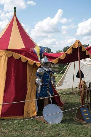 Campement Camp Autour De Chez Moi Middle Ages Medievale Moyen âge Seigneur Chevalier Prince  Joute