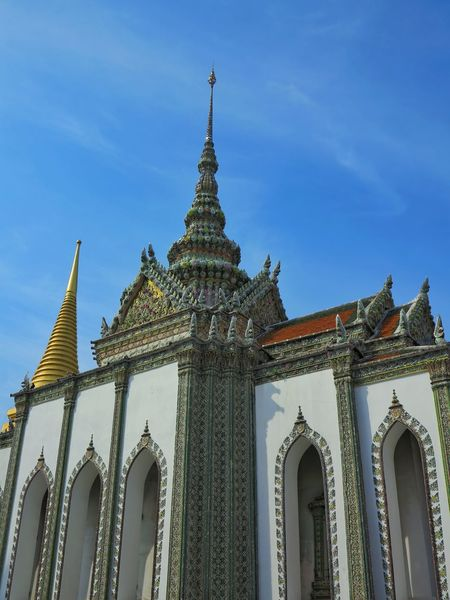 Architecture Budhism Pagoda Religion Travel Destinations Outdoors No People Building Exterior Landmark Holiday Destination Temple In Thailand Grand Palace Bangkok Thailand Travel Tourism Blue Sky Travel Destination History No People, Architecture Thailand Day Sky Culture Art