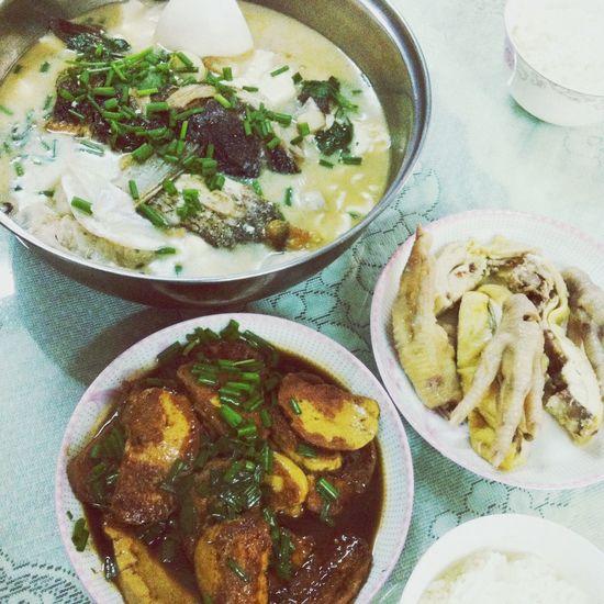 晚饭 椰汁烧鱼头超好吃的? Enjoy A Meal Chinese Food