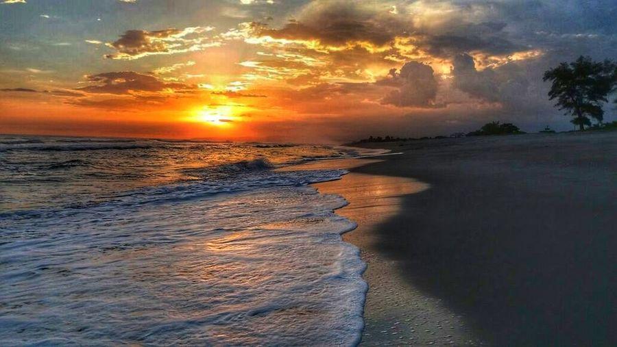 Beautiful day with an amazing view Sunset Dramatic Sky Beach Water Tourism Elsalvadorimpresionante Elsalvadorimpressive