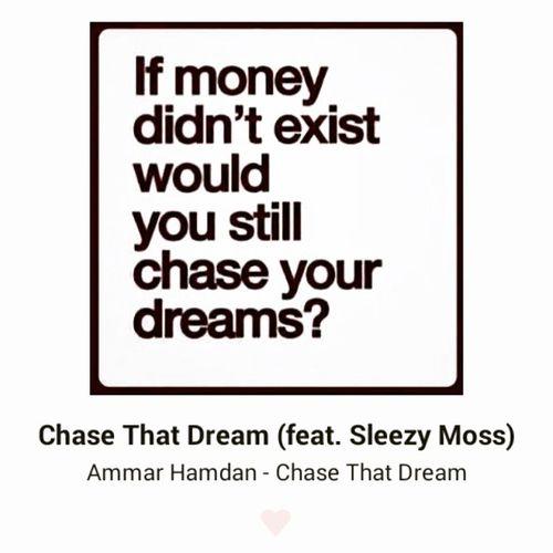 Ap bende yg aku mencarut dlm lagu ni sampai aku sendiri xingat setiap perkataan yg aku rap. Salahkan @ammarhamdanglobalmc, hahaha. SesiMenghafalLyrics TakHafal KenapaSuaraAkuLain Nasheed Rap ChaseThatDream Musicvideo ToBeShot .
