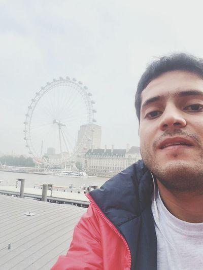 Mi parce SAMU dándose la buena vida England ✝ London Eye