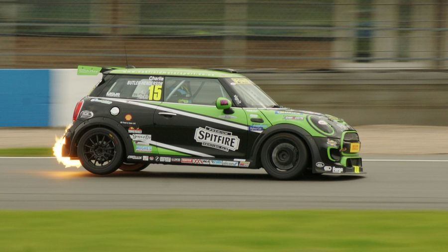 GT Race day at Donington. Racing Mini's Cars