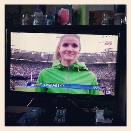 Cheering for @airinepalsyte :D London2012 Highjump