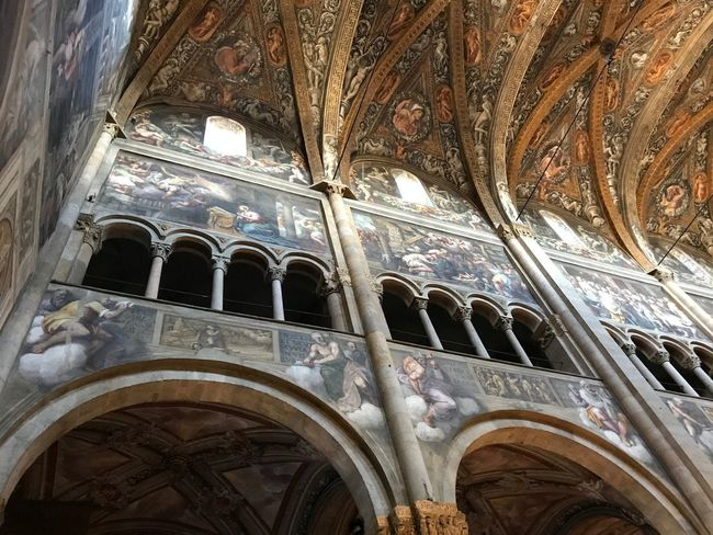 Parma No Filter Affresco Duomo Di Parma Duomo Parma Emiliaromagna Italy Built Structure Architecture History The Past Low Angle View Building Exterior No People Arch Religion Belief Place Of Worship Day Building Spirituality Window Travel Destinations Ceiling Architecture And Art Architectural Column Mural