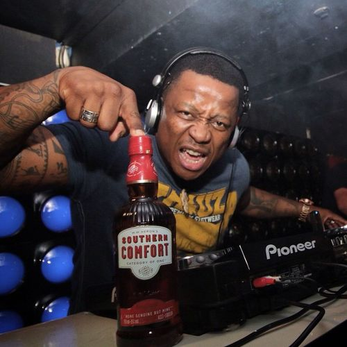 @djfreshsa rocking Balizza tonight! If you weren't there you lost out!! Party Partykarate SouthernComfort Fresh BEATS Bass Music