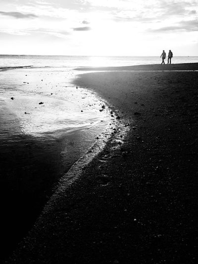 Walk on the wet side Seascape Photography Reunion Island Indian Ocean Beach Sea Land Water Beauty In Nature Horizon Over Water Horizon Two People Sand Scenics - Nature Tranquility Togetherness Outdoors