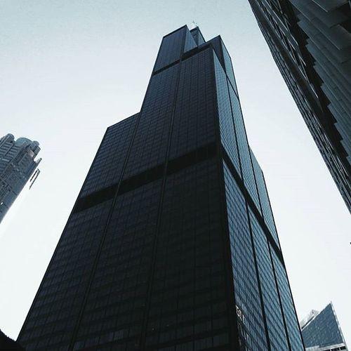Willis. • • • • • Chicago Chicagodaily Igchicago Instachicago Willistower Searstower Som Skidmoreowingsmerrill Architecture VSCO Vscocam Vscogood Shotongalaxys7edge