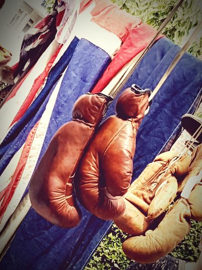 Boxing Boxing Gloves Vitage Boxing Gloves Union Jack Day Outdoors Antique Market Stall Old No People Antiques Leather Boxing Gloves Worn