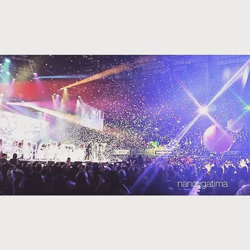 I really want to go to Hillsong Colour Conference again this year! Someone come with me!!󾓪 Colourconference2015 Colourconference2016