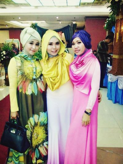 My Bestfriends Hijab Style Hanging Out Girls