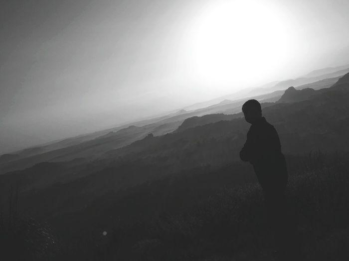 Eyewitness Mountain Fog Adventure Standing Silhouette Sky Landscape
