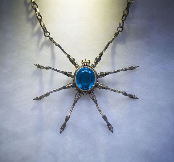 EyeEm EyeEm Best Edits EyeEm Best Shots EyeEm Gallery EyeEmBestPics EyeEmNewHere Spider Arachnid Arachnophobia Blue Close-up Day Indoors  Jewelry No People Topaz