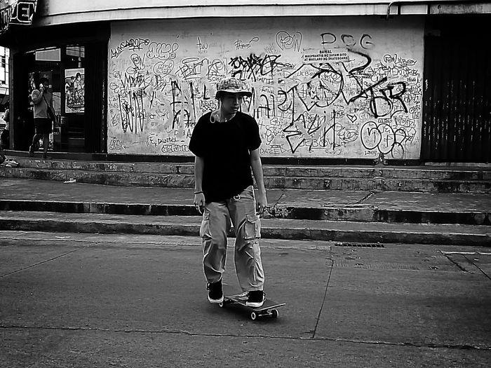 Skateboard Park Skateboarding Man Playing Games Board Streetphotography Stolen Shot