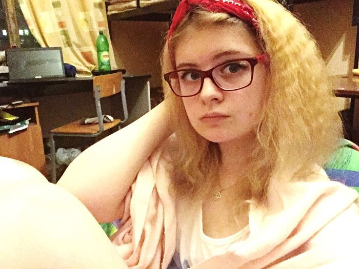 Home girl 😘 Home Light And Shadow IPhoneography Taking Photos Selfportrait Dormitory Blonde Girls In Glasses