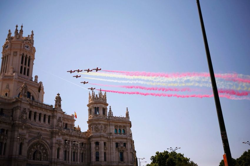 Dia de las fuerzas armadas🇪🇸 EEA3-madrid The Global EyeEm Adventure Madrid SPAIN The Action Photographer - 2015 EyEm Awards